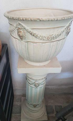 Coluna Decorativa com Vaso