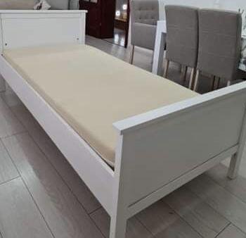 Łóżko białe z materacem 100x200cm