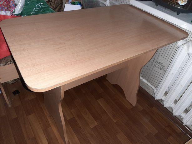 Продам кухонный уголок + стол
