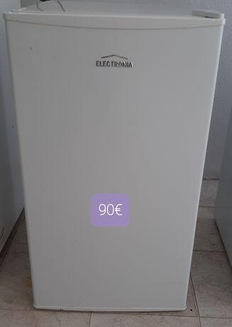 Mini frigorífico (frigobar)  Electronia