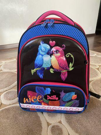 Рюкзак для 1-4 классов DeLune