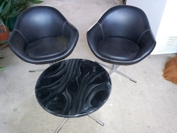 Cadeiras rotativas + mesa