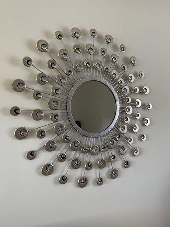 Srebrne ozdobne lustro na ścianę - slońce paw