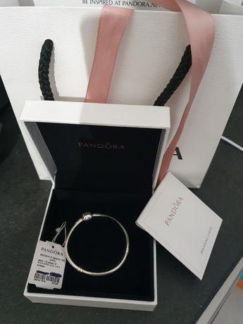 Oryginalna bransoletka Pandora dla dziewczynek r.15