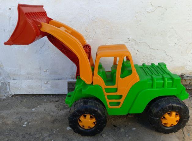 Трактор для катания большой Oreon