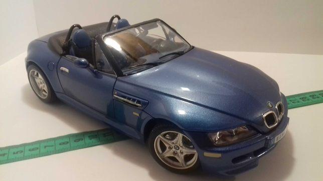 Модель машины BMW M Roadster 1:18 Burago Made in Italy БМВ Роадстер