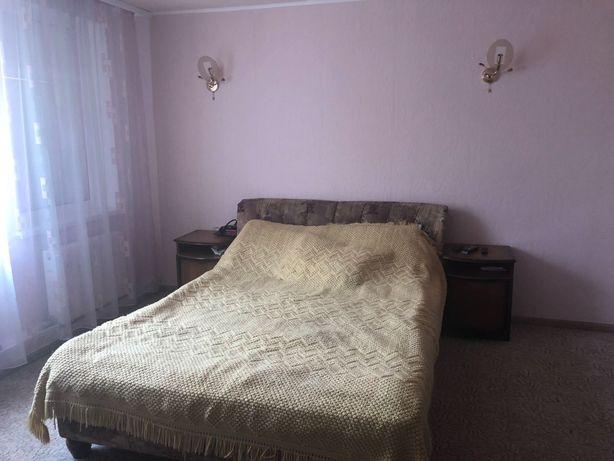 Продам дом в центре п. Коротич в 10 км. от метро Холодная Гора vz