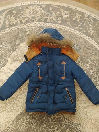 Продам зимню дитячу куртку