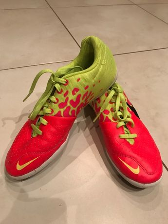 Halówki buty sportowe Adidas 38,5 wkładka 24,5