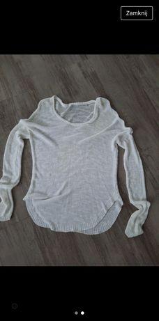 Biały ażurowy sweter rozmiar M