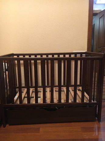Детская кроватка Соня ЛД13, маятник, выдвижной ящик, цвет орех