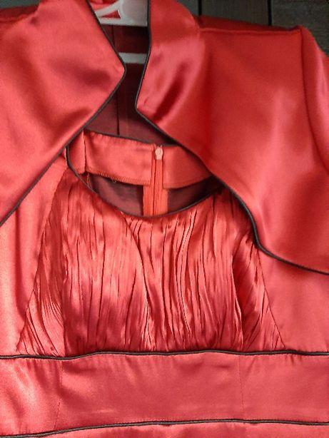 Sukienka wieczorowa z bolerkiem roz. 36 czerwona