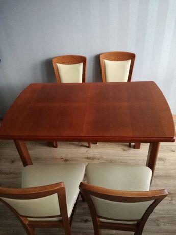 Sprzedam stół z 4 krzesłami