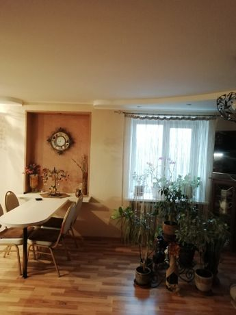 продам 3-х комнатную квартиру славянка