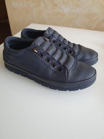 Продам туфли кожвнные , ортопедические, производство Турция