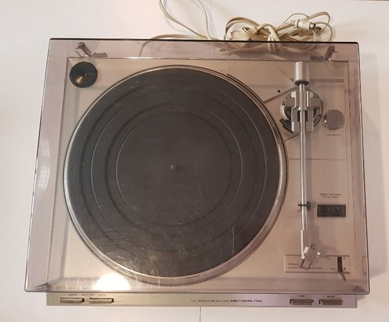 "Gira Discos""Philips""-Full Automatic Record Player Direct Control F7224"