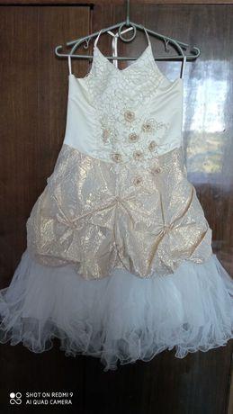 Платье для выпускного и концерта