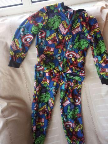 Флисовый кигуруми пижама Супергерои 7-8 лет, 128 см Marvel.