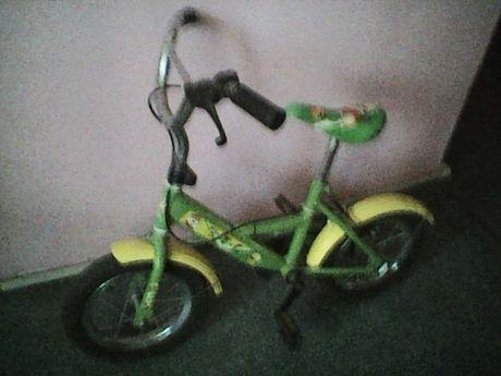 Продам детский велосипед от 3-5 лет.