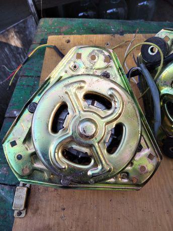 Мотори на полуавтомат