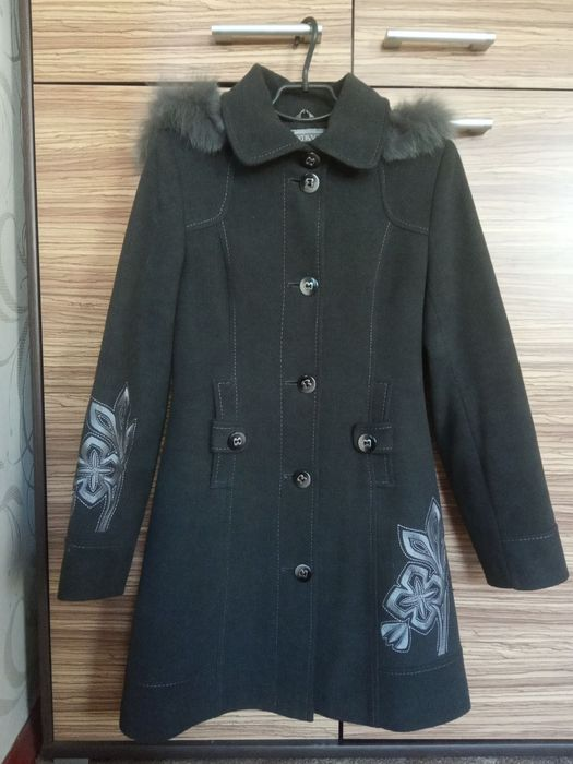 Женское пальто с капюшоном Харьков - изображение 1