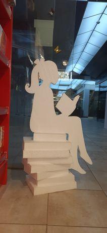 Фігурка дівчинки, декор. Фігури з пінопласту