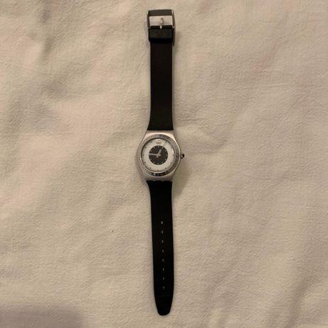 Relógio Swatch Irony em alumínio