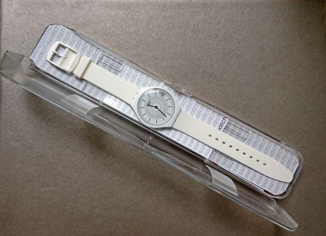 Оригинальные швейцарские часы SWATCH Skinpure SVOW100 SKIN (белые)