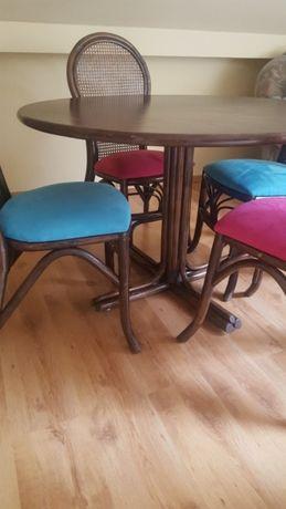 Stół rattanowy okrągły z 4 krzesłami
