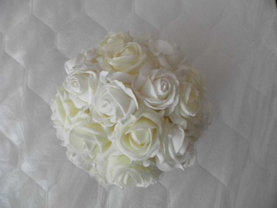 "Kule ozdobne ""Białe Róże"" KOMPLET 8 szt."