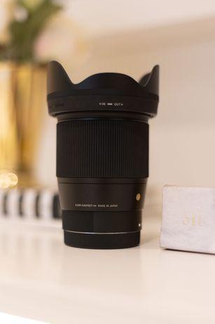Objetiva Sigma 16mm f/1.4 DC DN