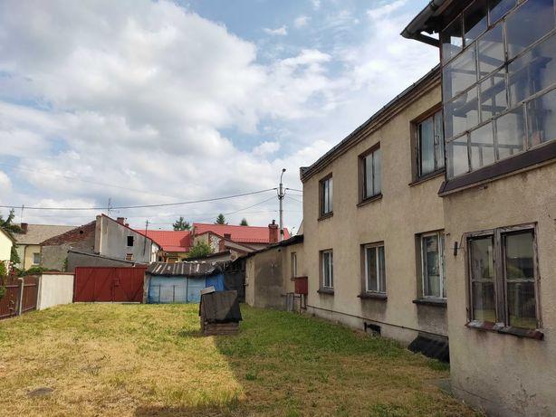 ŻARKI centrum blisko Rynku: sprzedam dom/działkę uzbrojoną z ogrodem