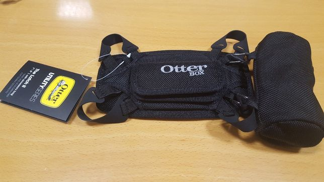 Suporte p/Tablet OtterBox Utility Series Latch II - NOVO