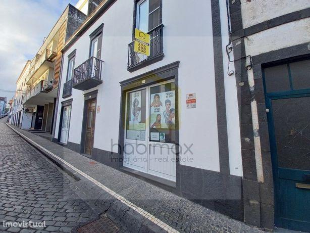 Espaço comercial, centro de Ponta Delgada