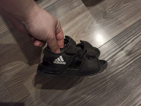Sandałki adidas rozmiar 20