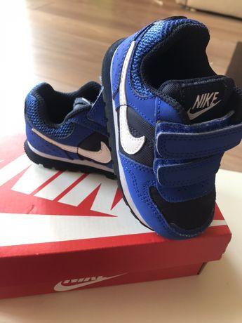 Adidasy Nike, unisex, rozm 21, cena z przesyłka 50zl