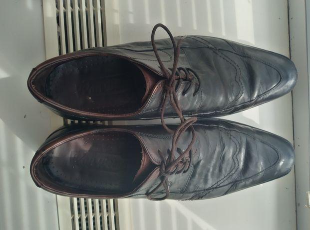 Кожанные туфли коричневого цвета