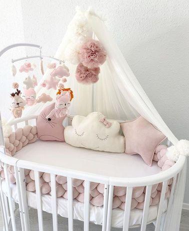 Бортики в кроватку , косичка , игрушки , балдахин