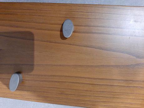 Cabide de parede em madeira