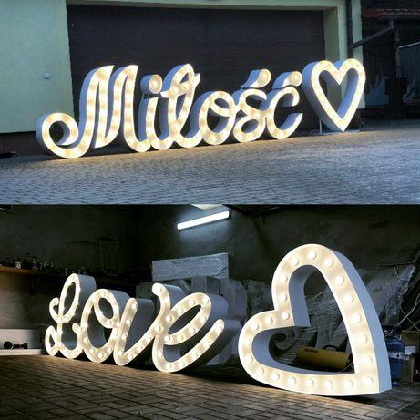 Wynajme napis podświetlany Led. LOVE, Miłość,18, Biały dywan, krzesła
