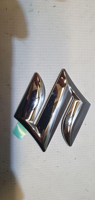 Emblemat znaczek suzuki swift 04- tyl nowy oryginalny