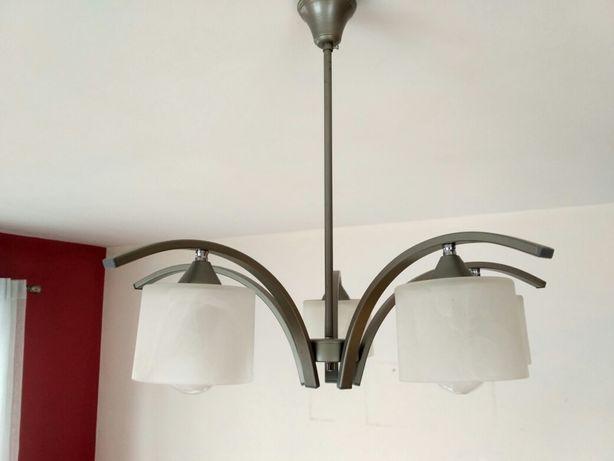 Żyrandol plus lampa stojąca