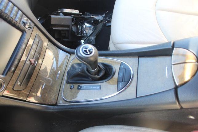 Dekory Mercedes W211 kombi rok 2007 komplet