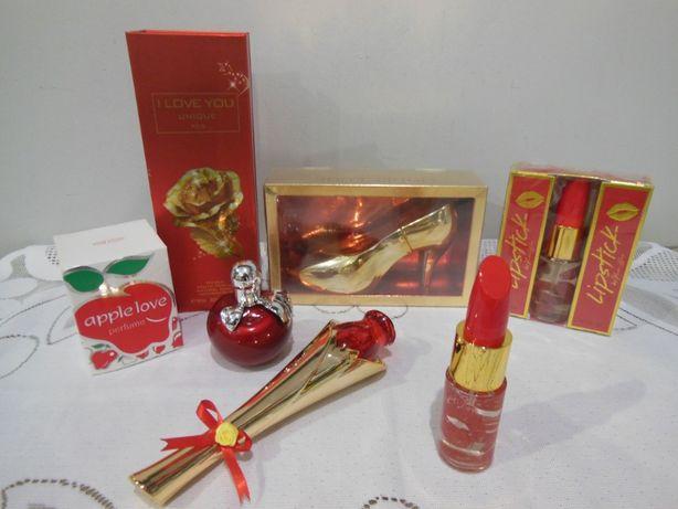 Perfumy, upominek na Dzień Kobiet, prezent,