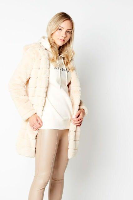 Пальто из искусственного меха NewYorker Одесса - изображение 1