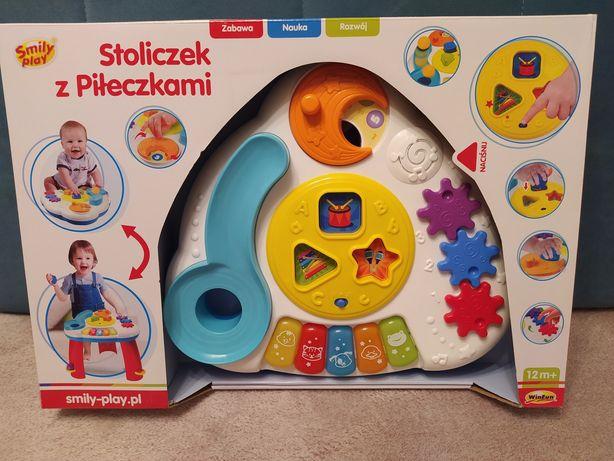 Smily Play stoliczek edukacyjny z piłeczkami