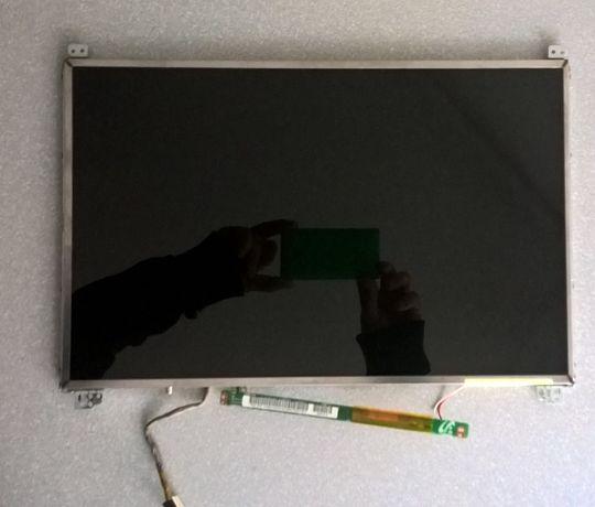 Matryca LCD 15,4 WXGA SAMSUNG R560 + inwerter