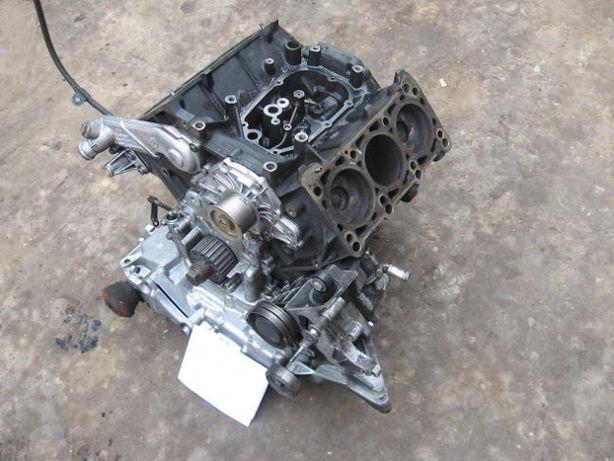 Блок цилиндров Audi A6C5 2.5 tdi AKE AFB AKN AYM BDH BDG Установка