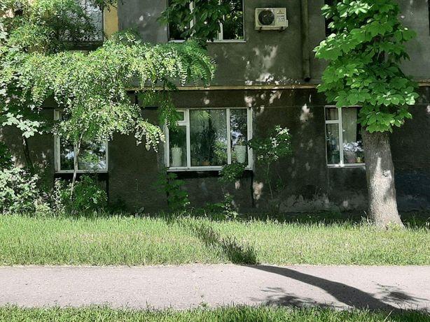 Продам 2к квартиру ул.Савченко Можно под офис Красная линия Торг