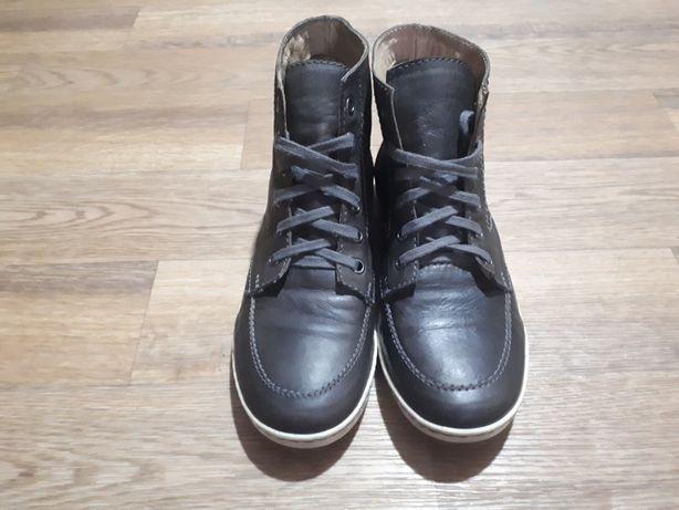 Женские кожаные демисезонные кеды/мокасины/ботинки 38 размер